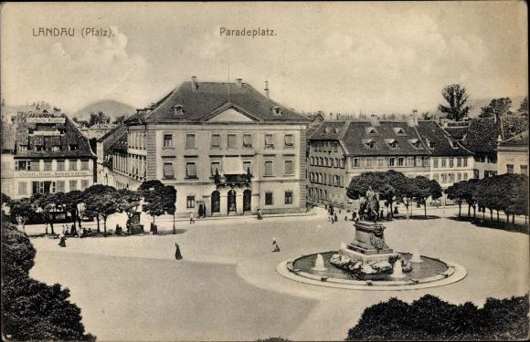 Ak Landau in der Pfalz, Paradeplatz