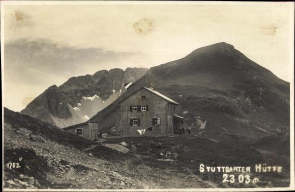Foto Ak Tirol Österreich, Stuttgarter Hütte, Außenansicht, Sektion Schwaben dt. Alpenverein