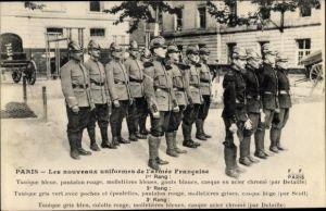 Ak Paris, Les nouveaux uniformes de l'armée Francaise, 1er Rang, 2e Rang, 3e Rang
