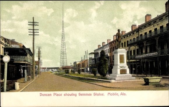 Ak Mobile Alabama USA, Duncan Place showing Semmes Statue