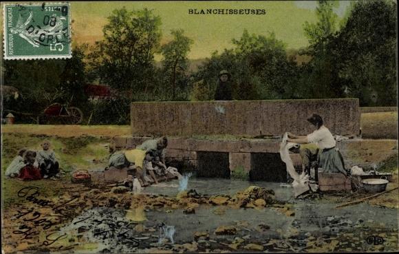 Ak Blanchisseuses, Wäscherinnen, Bleicherinnen, Flussufer