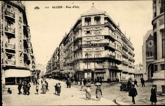 Ak Algier Alger Algerien, Rue d'Isly, piétons