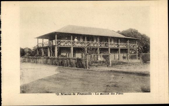 Ak Franceville Gabun, La Maison des Peres