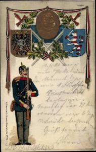 Präge Wappen Litho Infanteriesoldat mit Pickelhaube, Kaiser Wilhelm II.