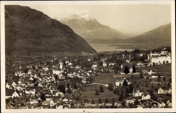 Ak Schwyz Kt. Schwyz Schweiz, Panorama vom Ort und Rigi