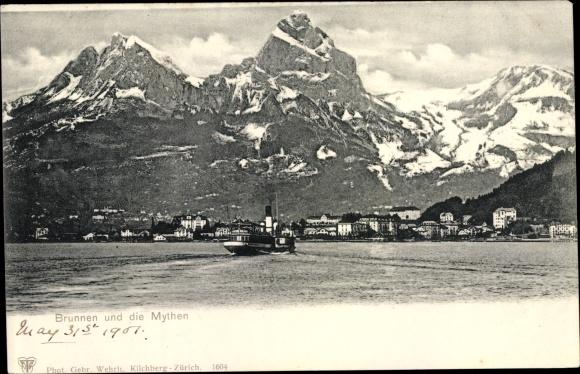 Ak Brunnen Kt. Schwyz Schweiz, Panorama vom Ort und Mythen