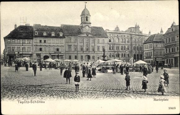 Ak Teplice Teplitz Schönau Reg. Aussig, Blick auf den Marktplatz