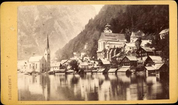 Foto Hallstatt in Oberösterreich, Vom See gesehen, Photoatelier Ludwig Hardtmuth