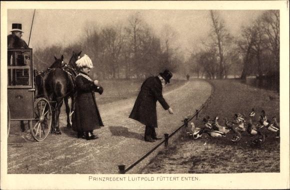 Ak Prinzregent Luitpold von Bayern, Enten fütternd