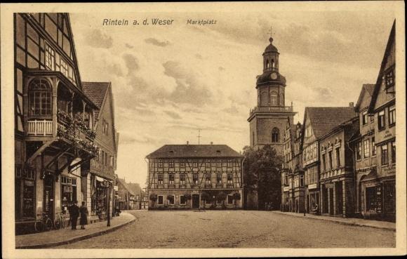 Ak Rinteln an der Weser Kreis Schaumburg, Straßenpartie am Marktplatz