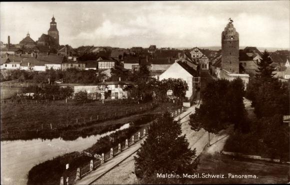 Ak Malchin in Mecklenburg Vorpommern, St. Johanniskirche, Fangelturm, Panorama
