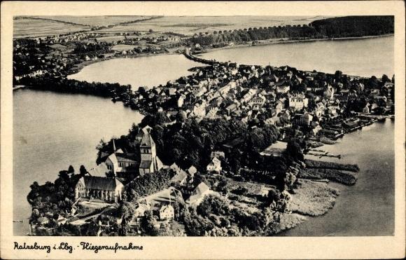 Ak Ratzeburg in Schleswig Holstein, Fliegeraufnahme von der Ortschaft