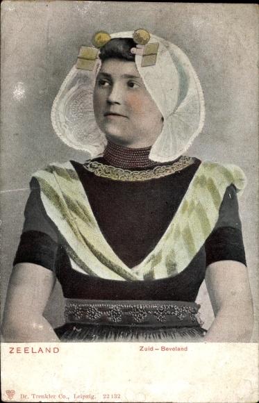 Ak Frau in Tracht aus Zeeland, Zuid, Beveland, Portrait