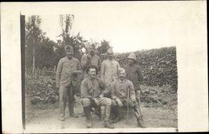 Foto Ak Bukovo Serbien, Männer in Uniformen