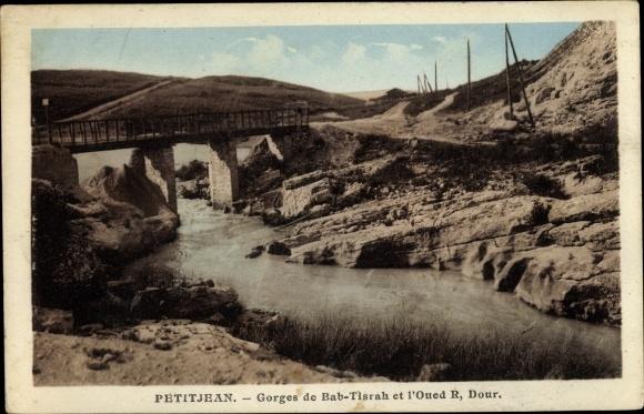 Ak Sidi Kacem Maroc Marokko, rivière, pont, paysage désertique