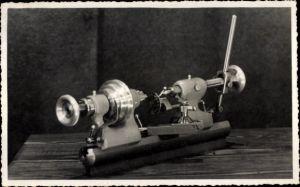Foto Ak Metalldrehmaschine, Schlosser, Drechsler