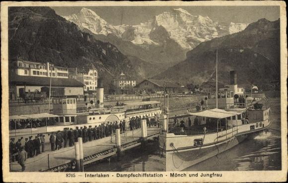 Ak Interlaken Kt. Bern Schweiz, Dampfschiffstation, Mönch, Jungfrau
