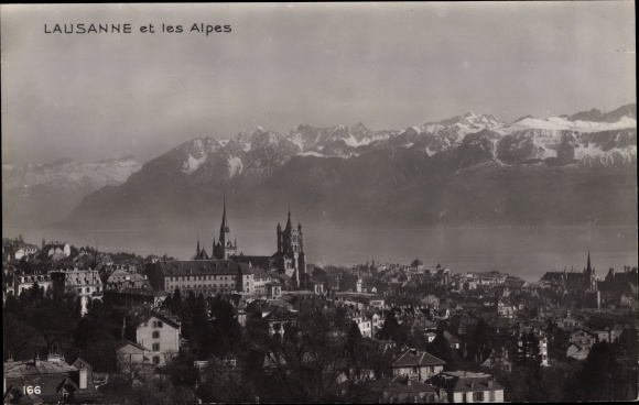 Ak Lausanne Kt. Waadt Schweiz, Vue générale et les Alpes