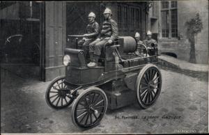 Ak Pompiers, La pompe électrique, Feuerwehr, Einsatzwagen