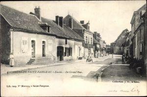 Ak Lavau Saint Fargeau environs Yonne, La Grand'Rue
