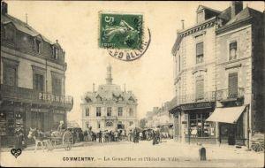 Ak Commentry Allier, La Grand' Rue et l'Hotel de Ville, Pharmacie, Herboristerie