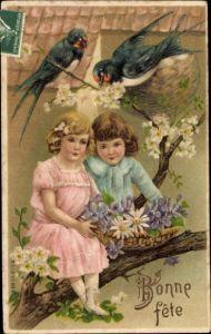 Präge Litho Glückwunsch Geburtstag, Mädchen auf Baumast, Schwalbennest, Blumen