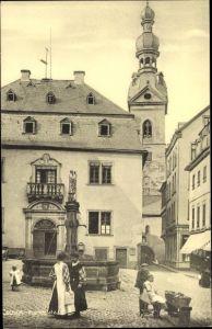 Ak Cochem im Landkreis Cochem Zell Rheinland Pfalz, Marktplatz, Brunnen