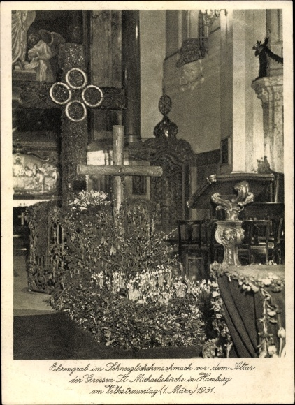 Ak Hamburg, Volkstrauertag, Ehrengrab im Schneeglöckchenschmuck, St. Michaeliskirche
