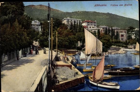 Ak Opatija Abbazia Kroatien, Villen am Hafen, Segelboote