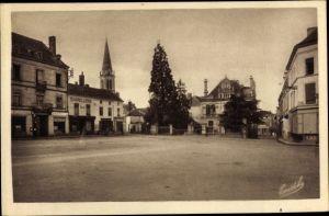 Ak Vihiers Maine et Loire, Place du Champ de foire