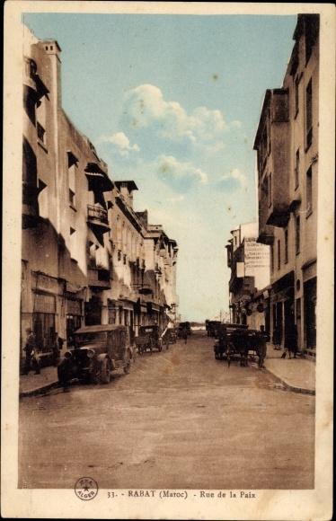 Ak Rabat Marokko, Rue de la Paix, Straße mit Autos