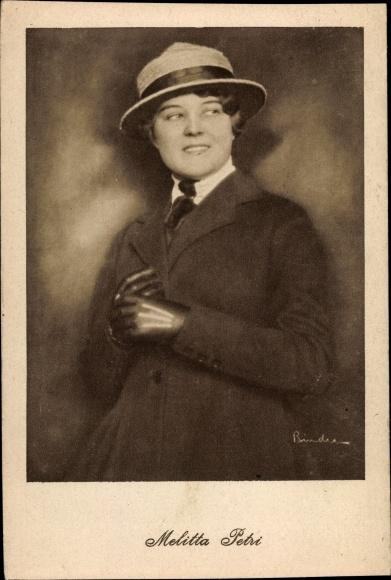 Ak Schauspielerin Melitta Petri, Portrait mit Hut und Handschuhen