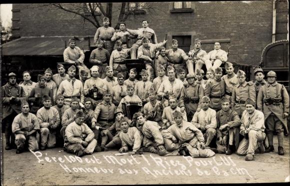 Foto Ak Französische Soldaten, L'aCM, Gruppenbild, Akkordeon