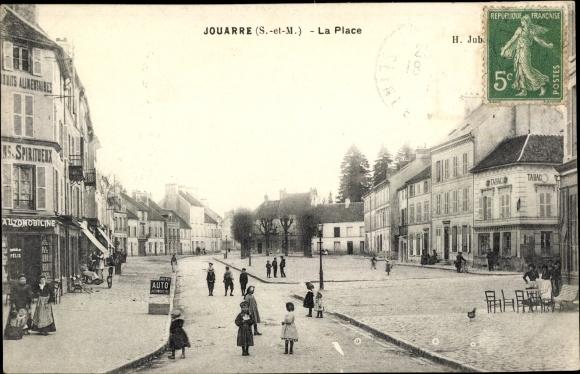 Ak Jouarre Seine et Marne, La Place