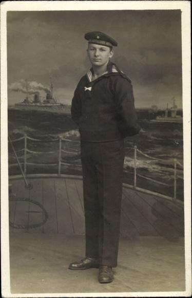 Foto Ak Seemann der Artillerie, Portrait, Uniform
