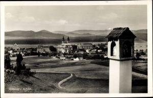 Ak Krzeszów Kamienna Góra Grüssau Schlesien, Blick auf Ortschaft und Umgebung