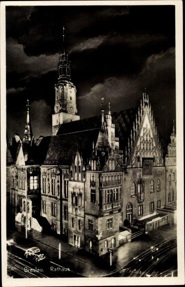 Ak Wrocław Breslau Schlesien, Rathaus bei Nacht