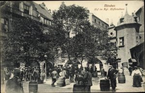 Ak München Bayern, königliches Hofbräuhaus, Hof