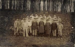 Foto Ak Deutsche Seeleute in Uniform, Kaiserliche Marine, Artillerie