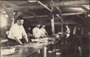 Ak Erfurt in Thüringen, Camp des prisonniers, La lessive des prisonniers