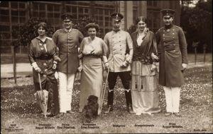 Ak Eitel Friedrich Prinz von Preußen, Kronprinz Wilhelm, Cecilie, August Wilhelm, Sophie Charlotte