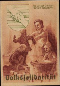 Künstler Ak Volkssolidarität, An Kinder denken, Freude schenken, Wappen, DDR Propaganda