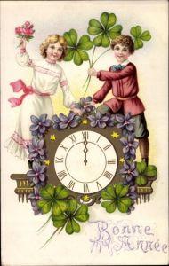 Litho Glückwunsch Neujahr, Uhr, Junge, Mädchen, Kleeblätter, Veilchen