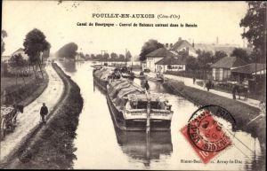 Ak Pouilly en Auxois Côte d'Or, Canal de Bourgogne, Convoi de Bateaux entrant dans le Bassin