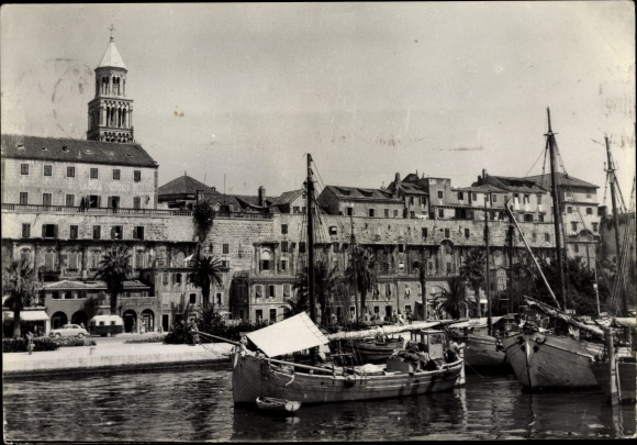 Ak Split Kroatien, Fischerboote, Hafen