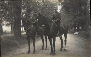 Foto Ak Französische Soldaten in Uniformen, Pferde