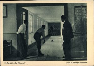 Ak Hoffentlich alle Neune, Männer beim Kegeln, Photo H. Metzger