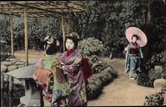 Ak Japan, Japanerinnen in Kimonos, Schirm