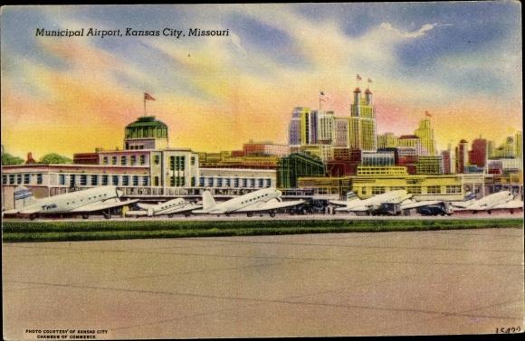 Ak Kansas City Missouri USA, Municipal Airport, Flughafen, Flugzeuge