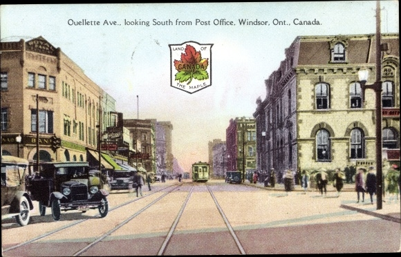 Ak Windsor Ontario Kanada, Ouellette Avenue, looking South from Post Office